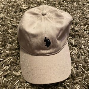 grey polo hat